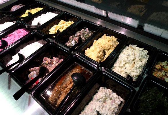 Hausgemachte Fischsalate